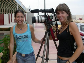 Andrea Lluch en la derecha a su lado Angela Hurtado