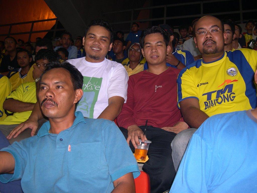 With Mon and Kepten Radzi
