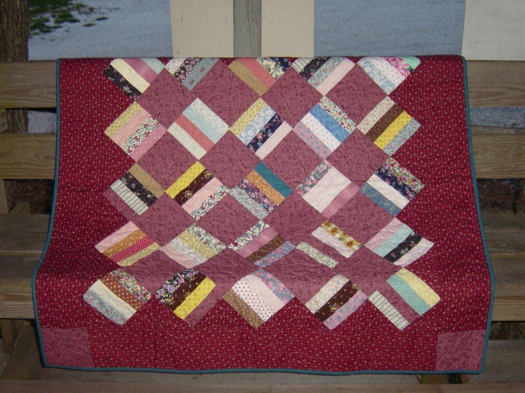 Quilt Patterns For Kindergarten : Scrappy Happy Starfishy: My nieces kindergarten dress quilt