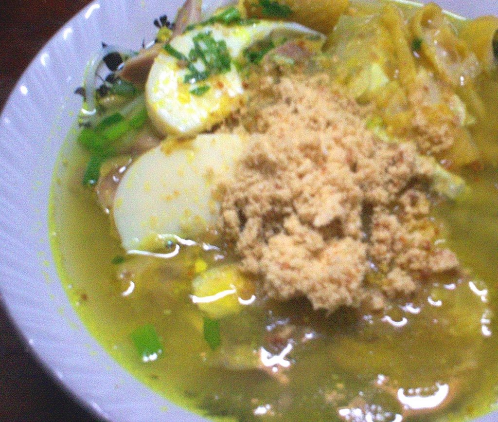 Resep soto ayam lamongan dan soto ayam