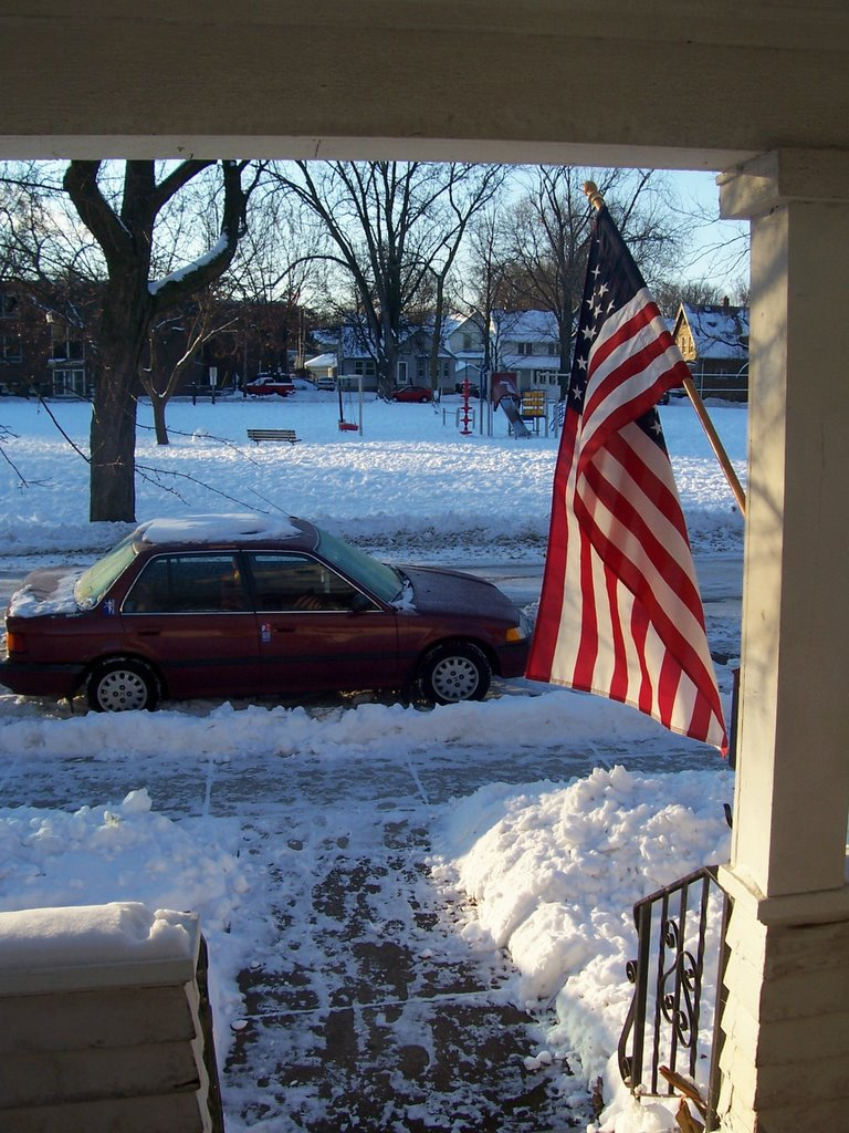 Pack Of Winter Crazed Madisonians Seek >> Letters In Bottles 12 01 2005 01 01 2006