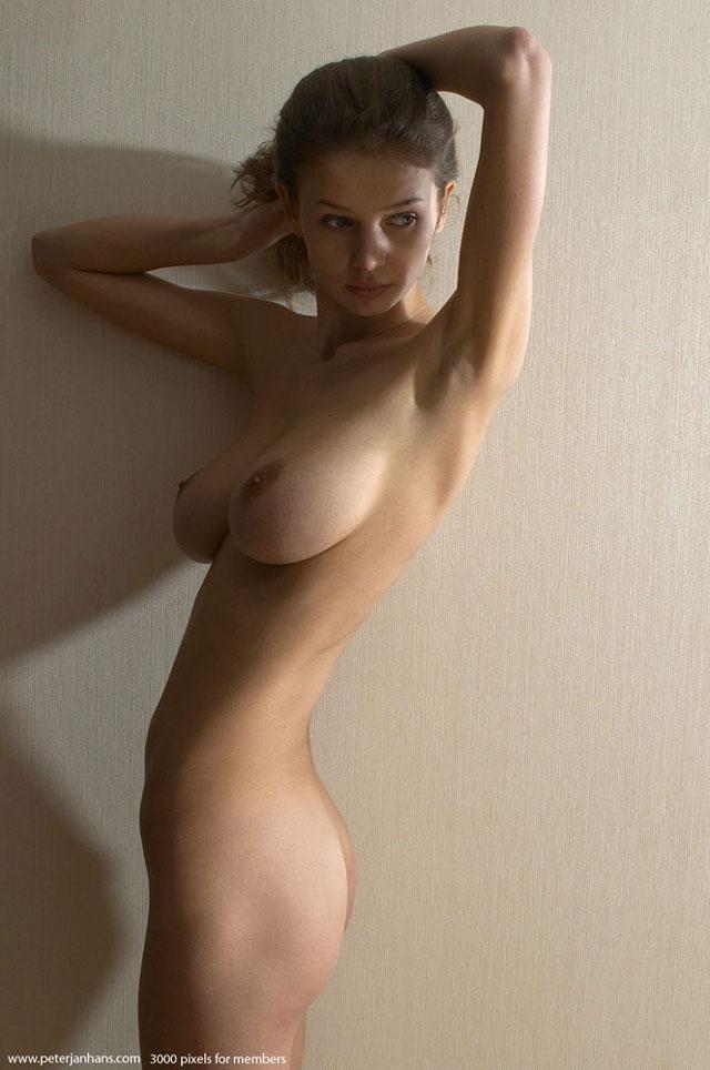 Порно фото худые с большой грудью