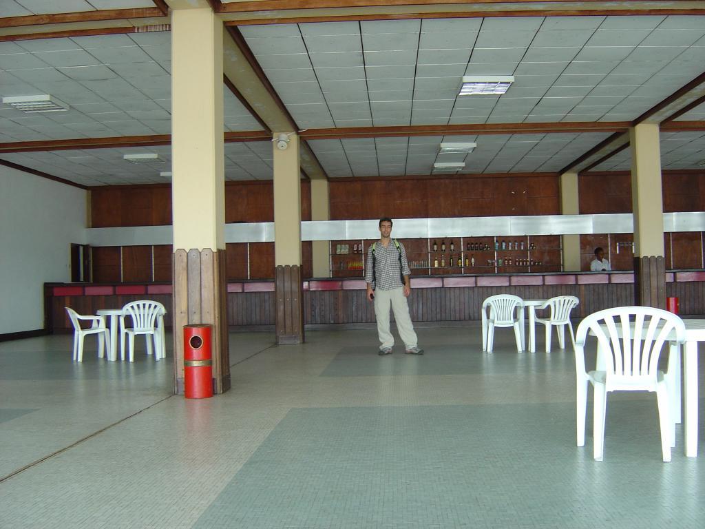 Aeroporto Beira Da Praia : Queimado no momento aeroporto da beira