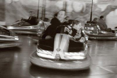 photo bumper car, auto-tamponneuse, auto scooter, foire de liège, copyright dominique houcmant, goldo graphisme