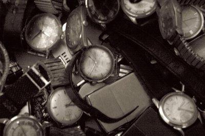 photo de montres anciennes de toutes marques, photo dominique houcmant, goldo graphisme