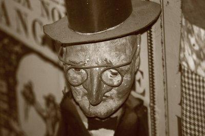 theatrede marionettes al botroule liege belgique, photo dominique houcmant aka goldo graphisme