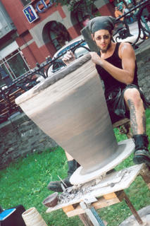 Lee spinning a pot