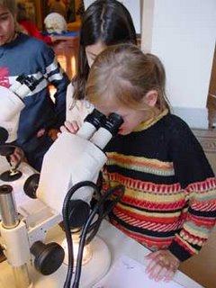 bambini giocano con la scienza a San Francisco: Exploratorium