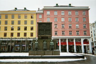 Bergen statues