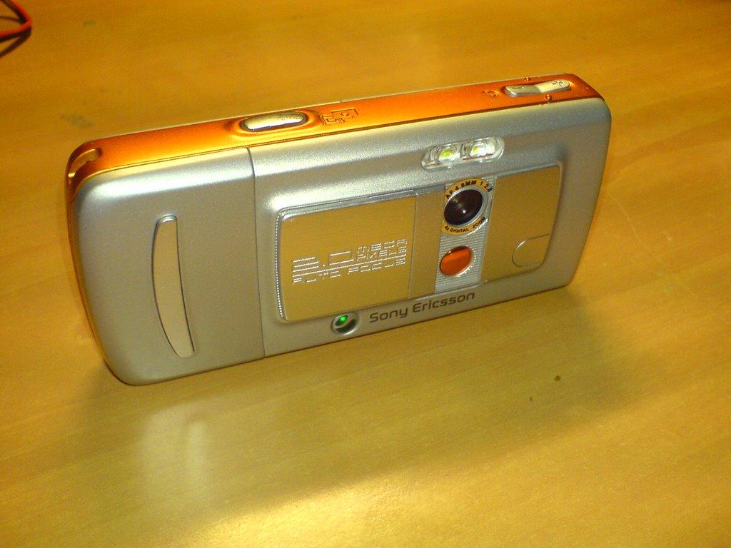 Sony ericsson w800i walkman (оригинал, комплект)