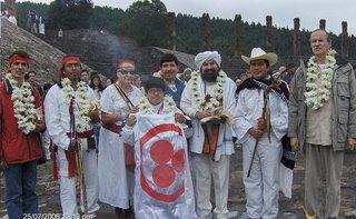 Grupo de Participantes en la Recepcion del Pueblo Otomi.