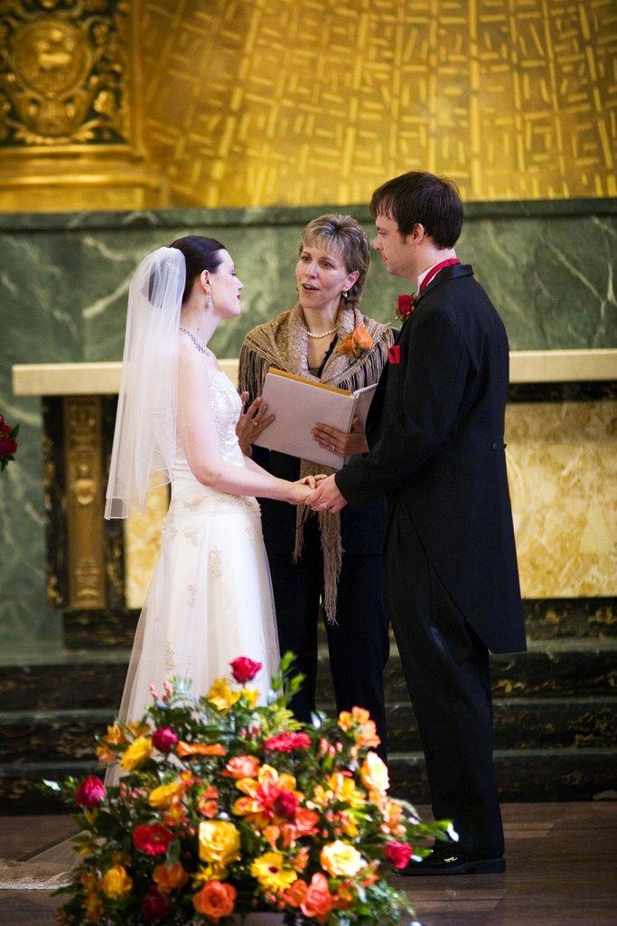 annemarie juhlian seattle wedding officiant celebrant