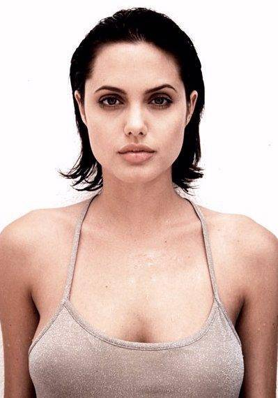 Angelina Jolie Profile Photo