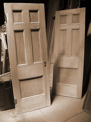 cypress-hotel-doors