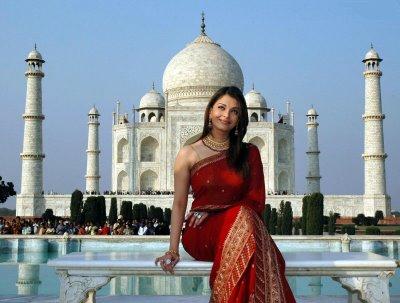 Aishwarya Rai at Taj Mahal