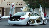 Crazy car.