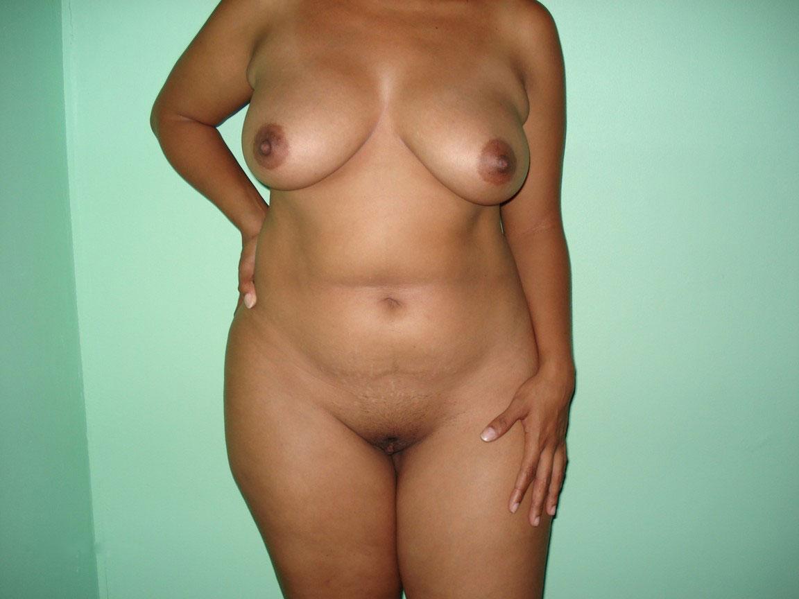 Polaroid de mi esposa desnuda