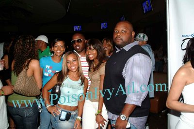 hoopz of nikkihoopzonline with flavor of love fans