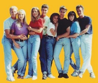 All hail the power of high-waisted jeans, tennis shoes and baggy t-shirts!