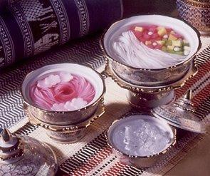 Kanom Jeen Ron is Thai Vegetarian Dessert