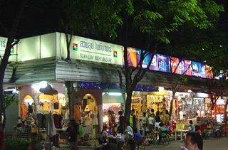 Suanlum_Outlets_Bangkok