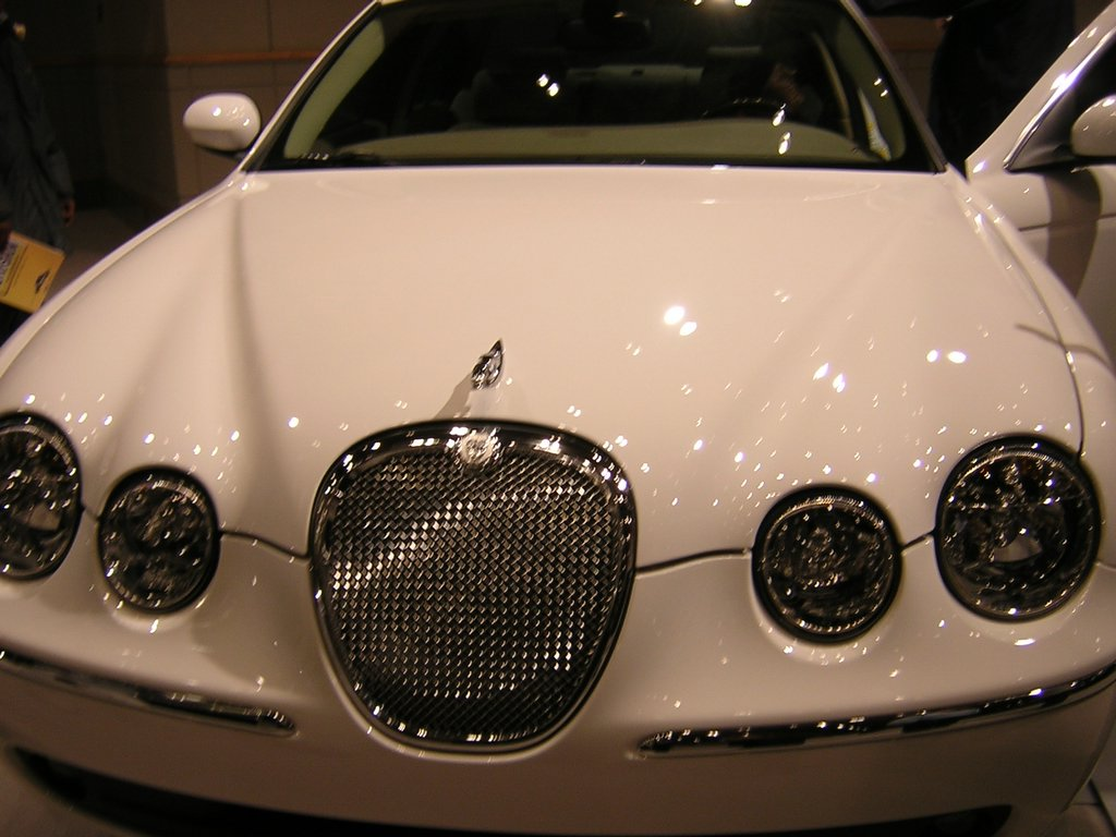 philadelphia auto show jaguar s type 3 0 grill view. Black Bedroom Furniture Sets. Home Design Ideas