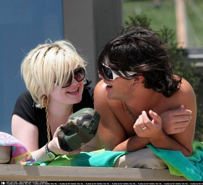 Kelly Osbourne and Boyfriend at the Beach