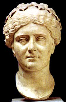 the contrast in the characters of portia and calpurnia Portia vs calpurnia portia and calpurnia were both noble women during julius caesar's time period they were both married to men of authority during this time.