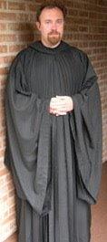 1746 jpeg 874 kb group of jain nuns walks barefoot up a hill dressed