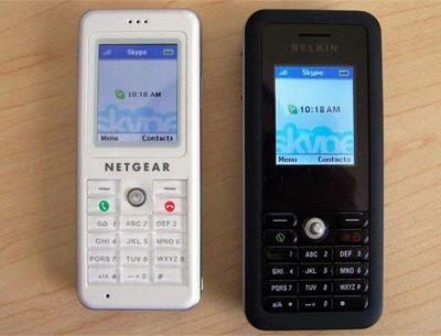 Netgear SPH101 en Belkin Skype Wifi telefoons