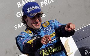Fernando Alonso celebra su victora