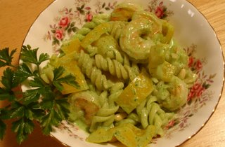 parsley pesto with fusilli and shrimps