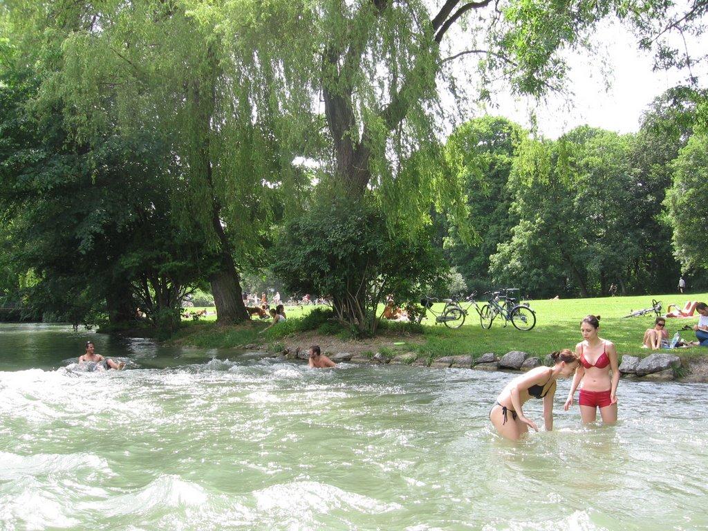 Nudists englischer garden munich
