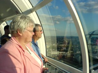 Henry and Linda, in their London Eye-Pod