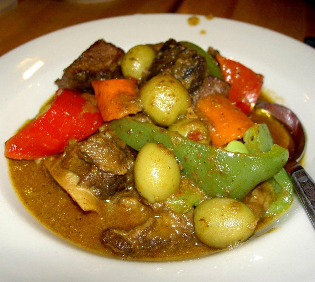 Pleasure palate alejandro 39 s filipino restaurant in for Cuisine in tagalog
