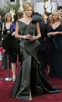 Charlize Theron in Christian Dior (http://www.oscar.com/