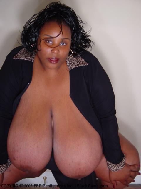 Black mama tit