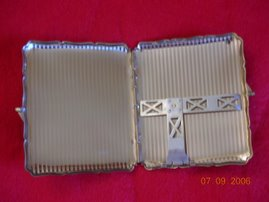 Inside a Typical Stratton Cigarette Case