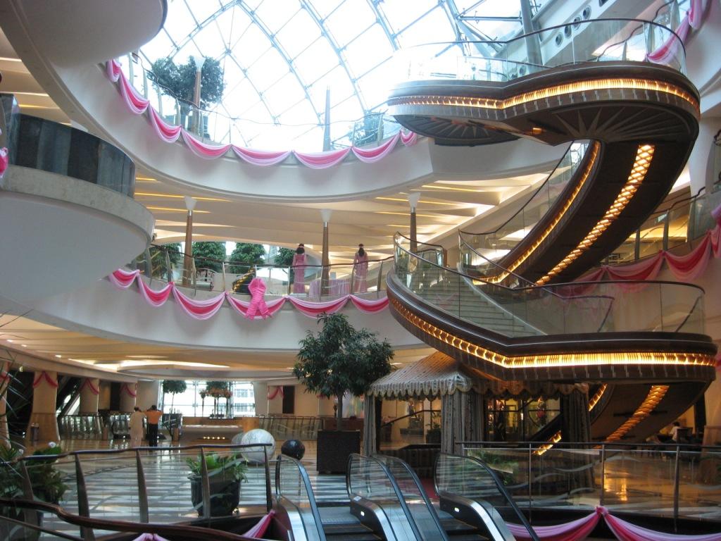 Dubai Shopping Malls Bur Juman Centre