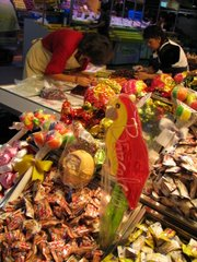 Setting up for the day at La Boqueria...