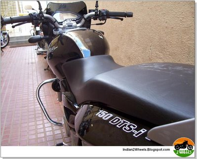 New Bajaj Pulsar 150 DTSI Phantom