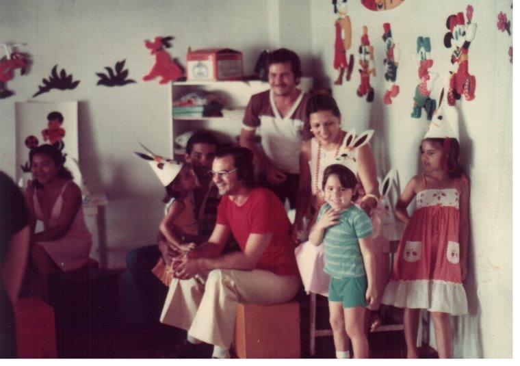 1981 - FUNDAÇÃO DA ESCOLINHA MENDARA