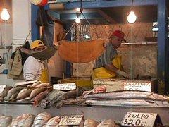 Mercado Negro de Ensenada, lugar de cita de pescadores comerciales