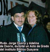Jorge Osorio y esposa