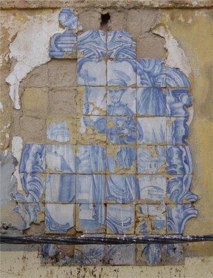 Setúbal: registo de azulejos. Foto do autor