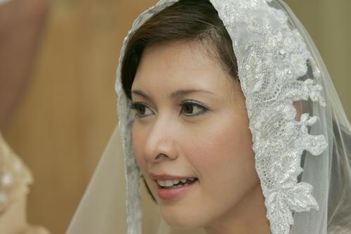 Nasha Aziz Lucah http://gambarartis.blogspot.com/2006/10/galeri-nasha ...