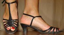 Strappy sandal sko