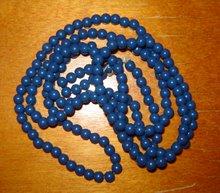 Blått smalt halsband