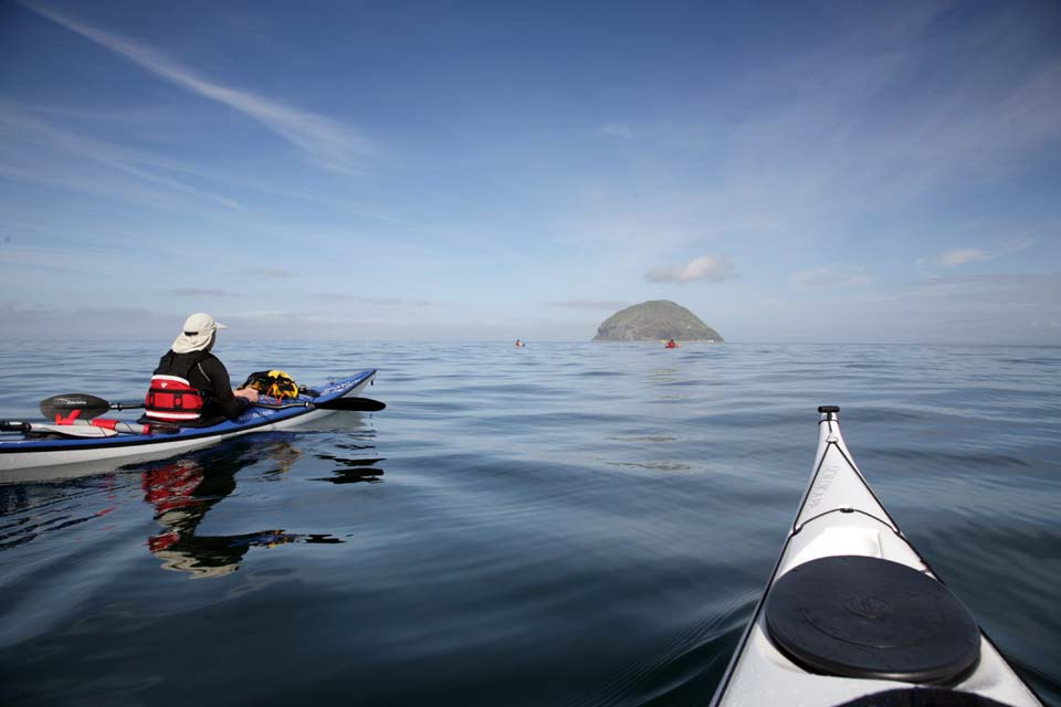 Sea kayaking wi...
