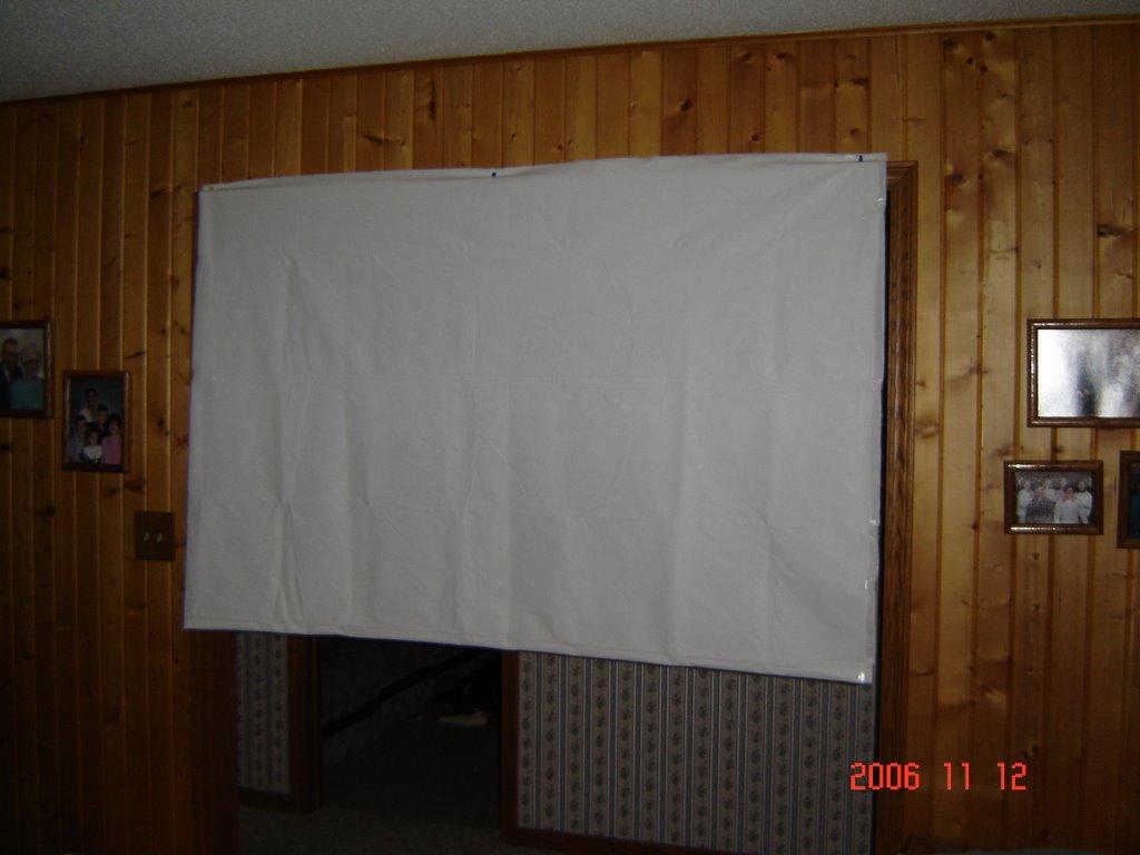 DIY: $6 Projector Screen